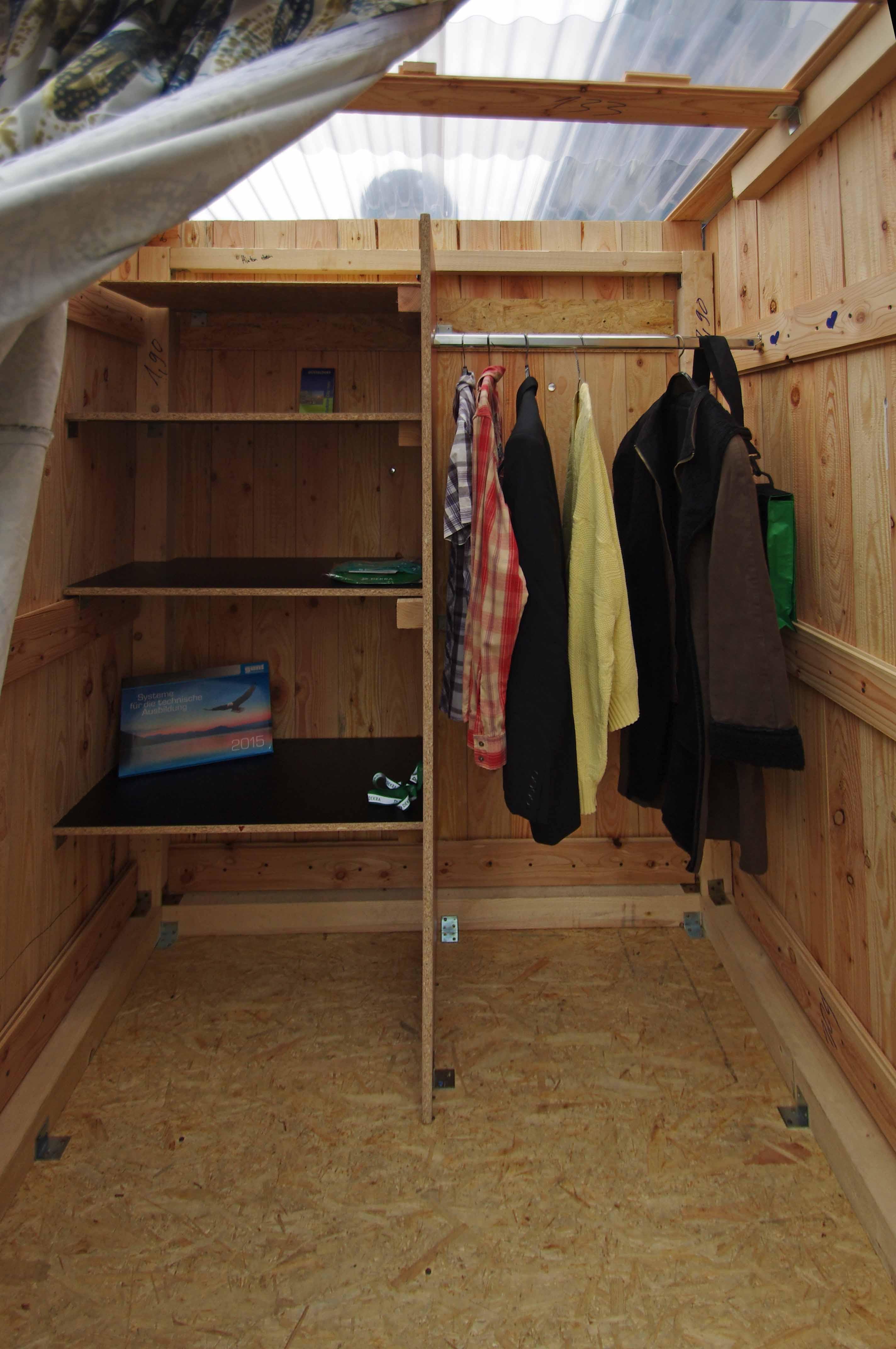 givebox f r rath kiq d sseldorf. Black Bedroom Furniture Sets. Home Design Ideas