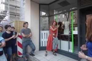 160906_15 Rather Kunstfenster KiQ Rath Tat Quartier Linneweber nebenan Felicitas ensing Hebben