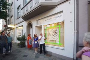 160906_18 Rather Kunstfenster Rath Tat KiQ Galerie Linneweber Quartier Sandro Antal Gaby Winter Hairdesign