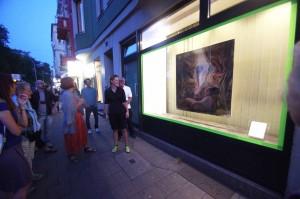 160906_23 Rather Kunstfenster Galerie KiQ Rath Tat  Bestattungen Orlob Julia Theuring nebenan (2)