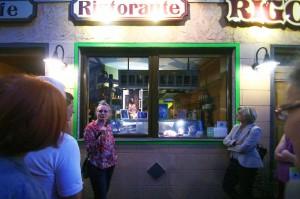 160906_24 Rather Kunstfenster KiQ Rath Tat Linneweber Pizzeria Rigoletto fabula Tiemann Zeppenfeld  Quartier