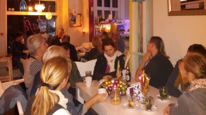 161210_AS-Vorlesen-Cafe ShuShu Liliencronstr Rath Tat Advent KiQ Quartier (2)